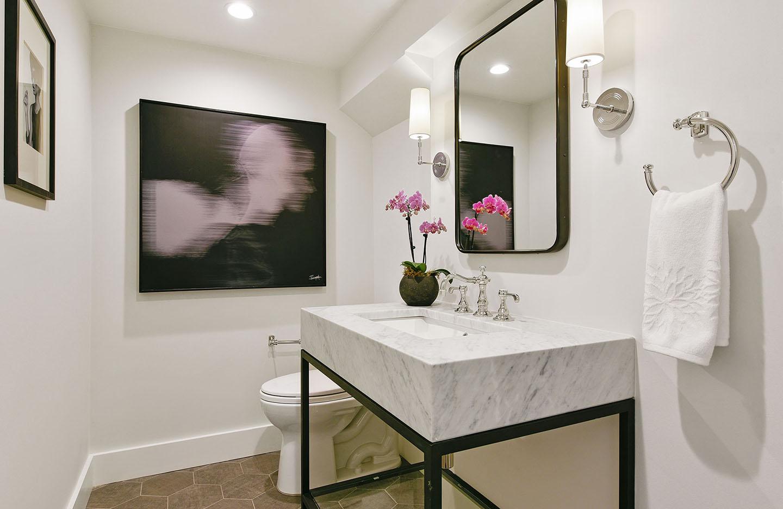 Buzzer9_Bathroom2